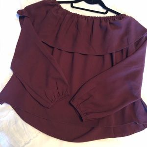 Wilfred (Aritzia) Off The Shoulder Blouse